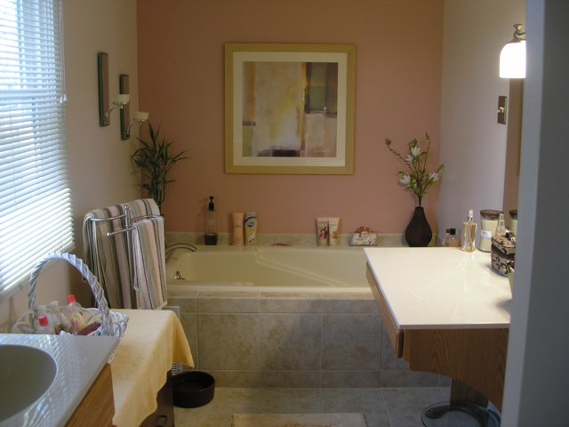 Soaking Tub with new Moen Faucet and Ceramic Tile